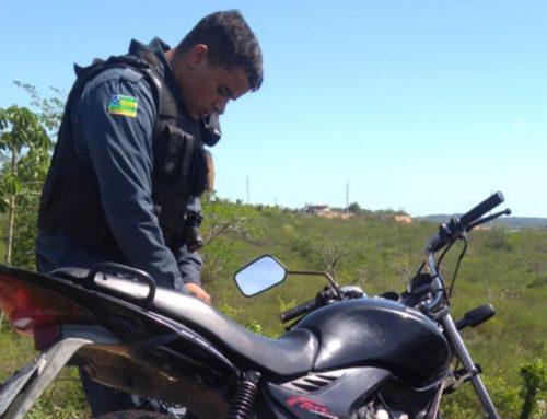 Policiais militares localizam moto roubada no Povoado Sobrado em Socorro