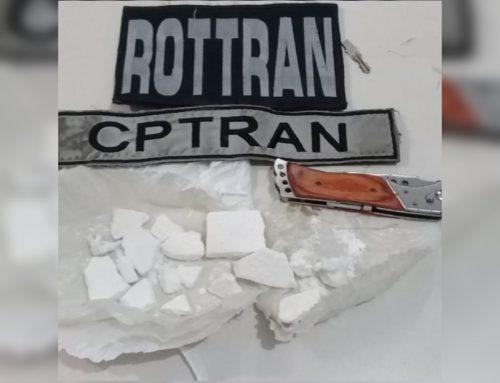 PM apreende drogas na zona Oeste de Aracaju