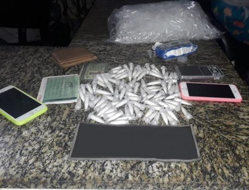PM prende trio suspeito de tráfico de drogas em Monte Alegre