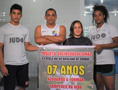 Atleta do projeto social A Escola Vai ao Batalhão de Choque intensifica preparação para o Mundial Escolar de Combate Games