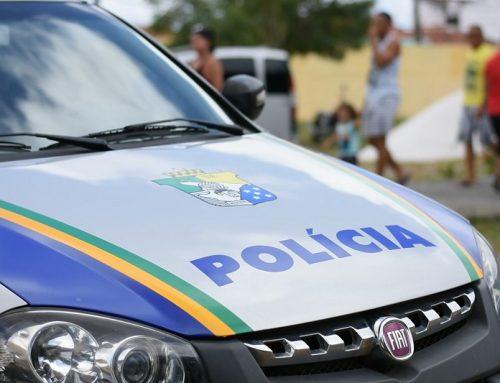 Policiais militares do 7º Batalhão prendem homem por violência doméstica no Povoado Colônia 13, em Lagarto