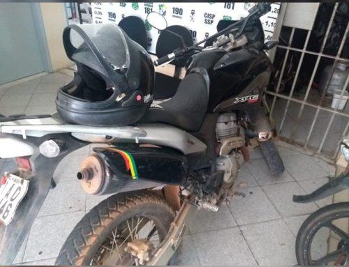 3ª CIPM apreende moto com restrição de roubo/furto em Riachuelo