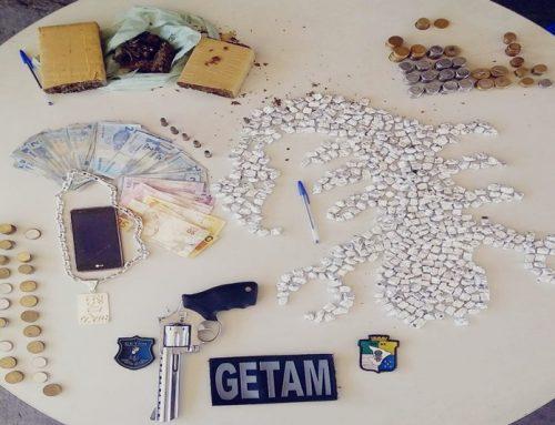 Getam prende homem por tráfico de drogas no Parque dos Faróis